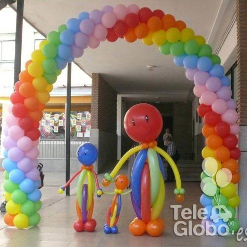 Arco de globos estándar arcoiris día de la familia Escolapias Valencia
