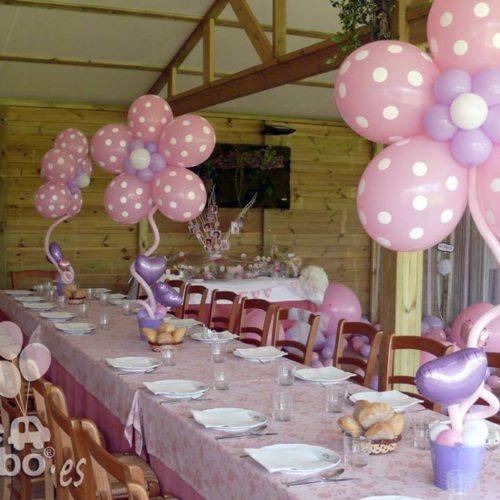Centro de mesa flores gigantes para comunión