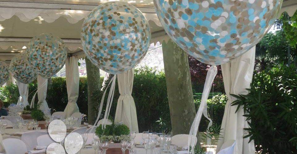 Centro de mesa globo gigante con confeti